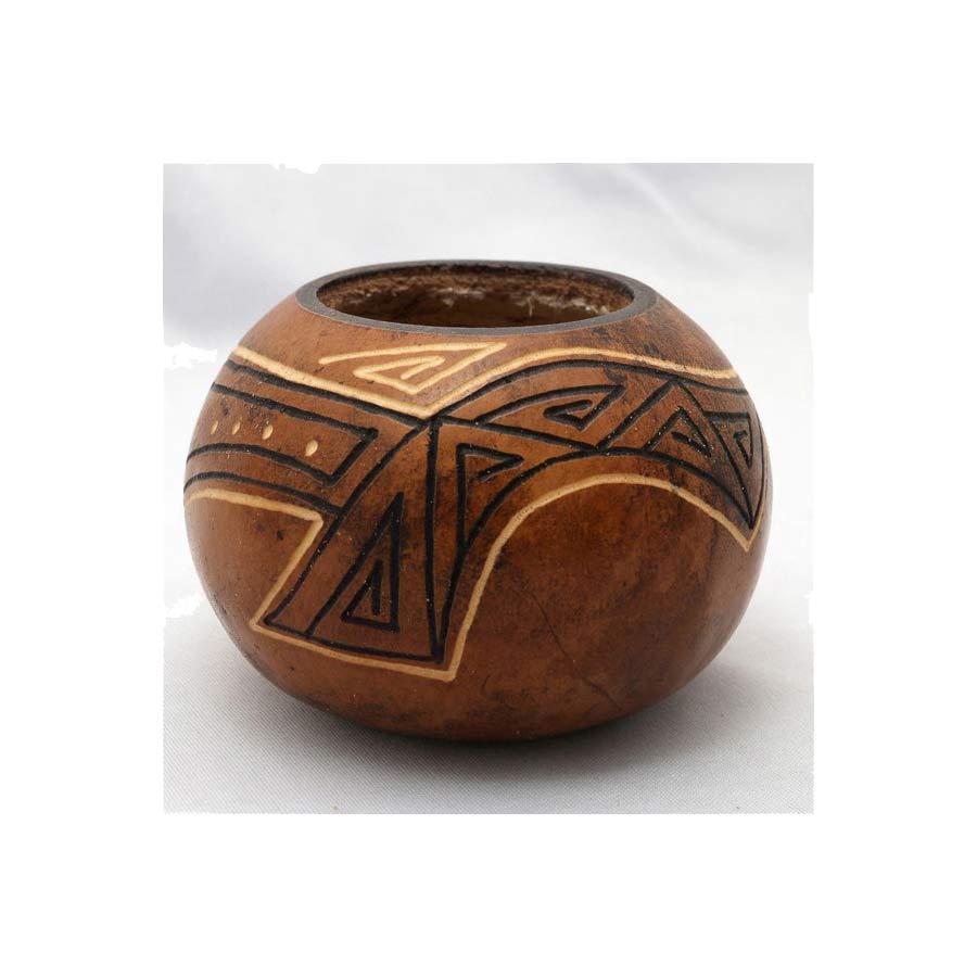 Calebasse peinte et décorée, fabriquée artisanalement en Argentine